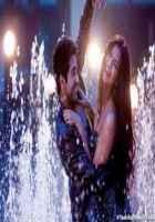 Bewakoofiyaan Ayushmann Khurrana Sonam Kapoor Rain Dance Stills