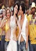 Heropanti Tiger Shroff Kissing Kriti In White Dress Stills