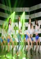 Kismat Love Paisa Dilli Mallika Sherawat Hot Dance Stills