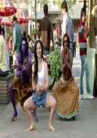 Mickey Virus Elli Avram Hot Dance Stills