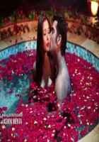 Midsummer Midnight Mumbai Paras Chhabra Sara Khan Hot Kiss Scene In Red Rose Tuff Stills