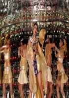 Miss Lovely  Stills