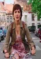 PK (PeeKay) Anushka Sharma Boobs Cleavage Stills