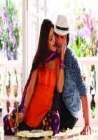 Ramaiya VastaVaiya Girish Taurani Shruti Haasan Kiss Scene Stills
