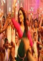 Singham Returns Kareena Kapoor Aata Majhi Satakli Item Song Stills