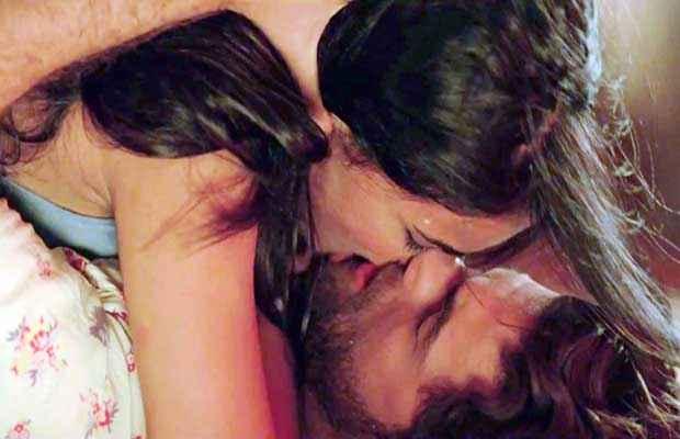 3G (2013) Hot Kiss Scene Stills
