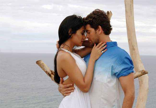 3G (2013) Neil Nitin Mukesh Sonal Chauhan Hot Images Stills