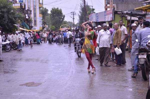 The Untold Story Aahinsa Kaashvi Kanchan Dance Stills