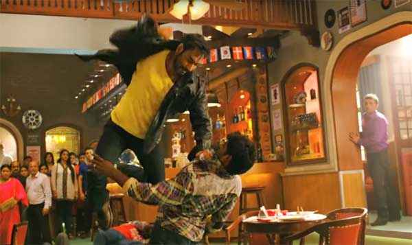 Action Jackson Ajay Devgn Fighting Stills