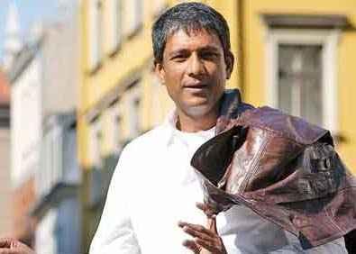 Agent Vinod star cast adil hussain