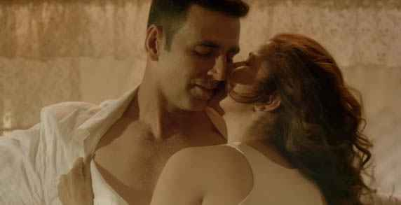 Airlift Nimrat Kaur Kissing To Akshay Kumar Stills