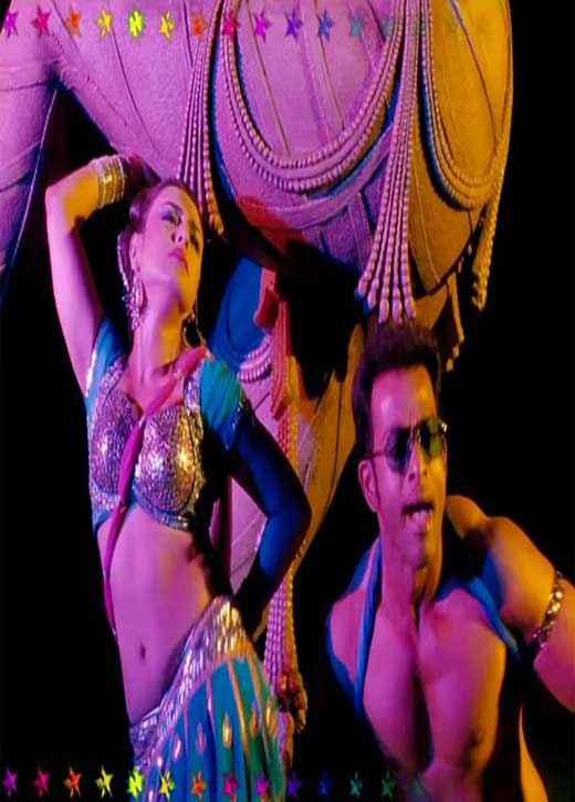 Aiyyaa Rani Prithviraj Sexy Dance Stills