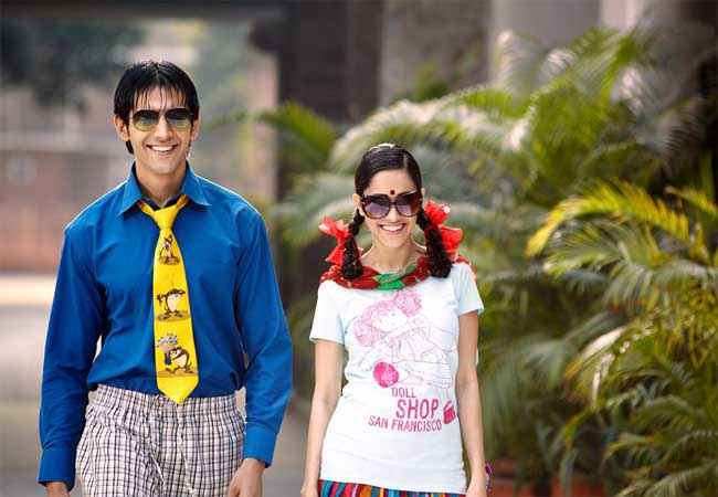 Akaash Vani Kartik Tiwari Nushrat Bharucha in Funny Look Stills
