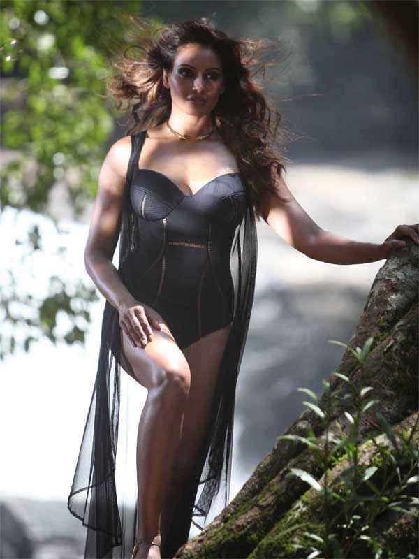 Alone Bipasha Basu Hot Bikini Pics Stills