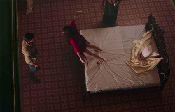 Alone Bipasha Basu Huging Karan Singh Grover Horror Scene Stills