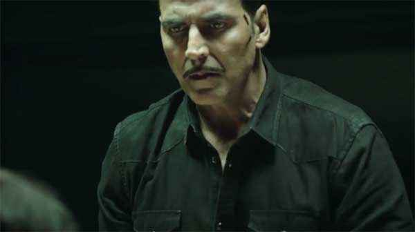 Baby Akshay Kumar In Sad Scene Stills