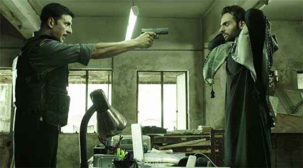 Baby Akshay Kumar With Gun Stills