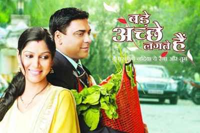 Bade Achhe Lagte Hain (2011) Wallpaper Poster