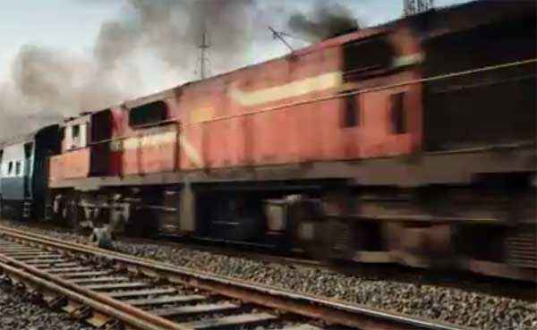 Badlapur Train Scene Stills