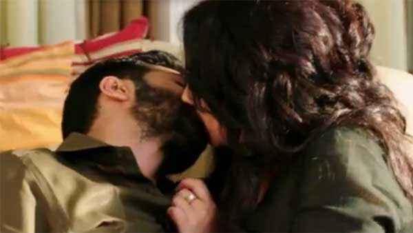 Badlapur Varun Dhawan Divya Dutta Hot Kiss Scene Stills