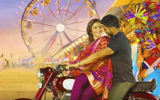 Badrinath Ki Dulhania Varun Dhawan Alia Bhatt Romance Stills