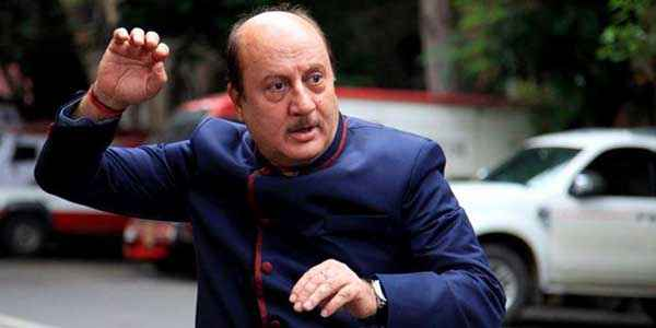 Balwinder Singh Famous Ho Gaya Anupam Kher Acting Stills