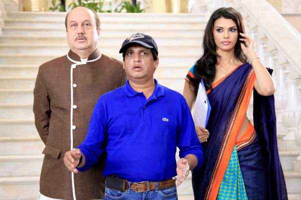 Balwinder Singh Famous Ho Gaya Anupam Kher Gabriela Bertante Stills