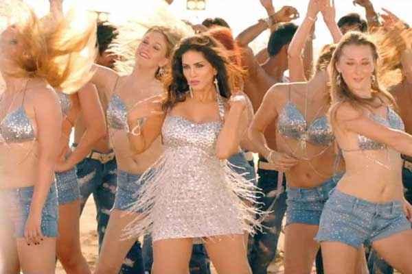 Balwinder Singh Famous Ho Gaya Hot Sunny Leone In Shake That Booty Stills