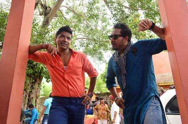 Balwinder Singh Famous Ho Gaya Mika Singh Shaan Stills