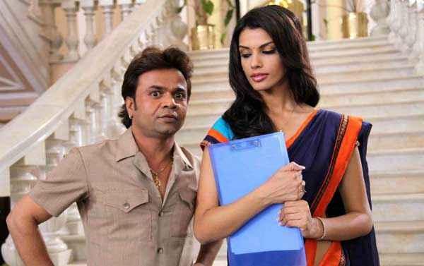 Balwinder Singh Famous Ho Gaya Rajpal Yadav Gabriela Bertante Stills
