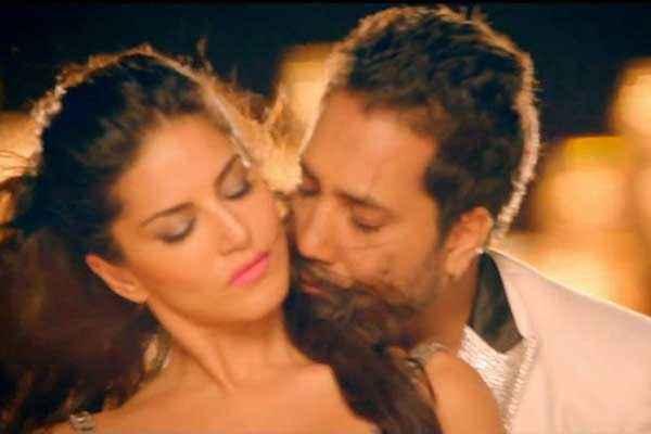 Balwinder Singh Famous Ho Gaya Sunny Leone Mika Singh Romance Stills