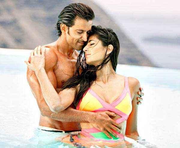Bang Bang Hrithik Roshan Katrina Kaif Hot Pics In Meherbaan Song Stills