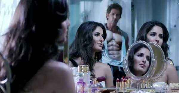 Bang Bang Hrithik Roshan Katrina Kaif In Glass Stills