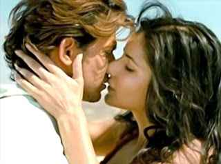 Bang Bang Hrithik Roshan Katrina Kaif Kiss Photo Stills