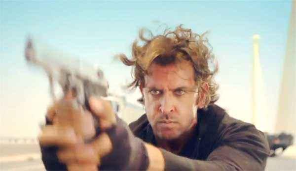 Bang Bang Hrithik Roshan With Gun Stills