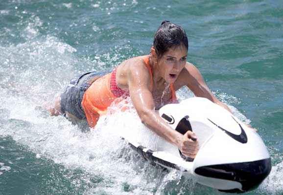 Bang Bang Katrina Kaif On Water Boat Stills