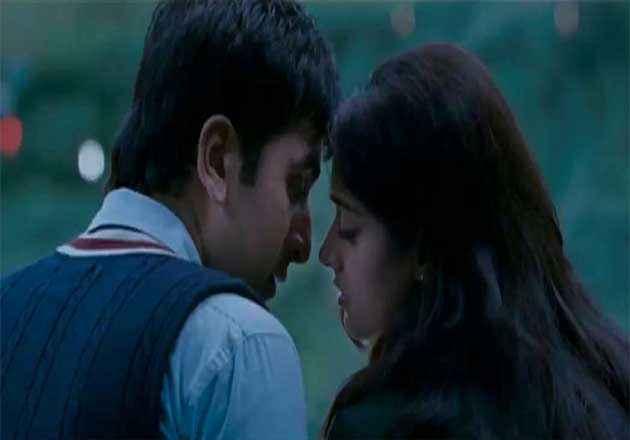 Barfi! Ranbir Kapoor And Ileana D Cruz Stills