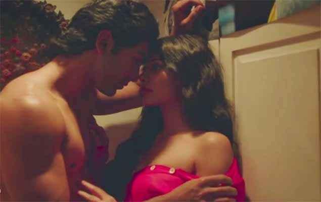 Barkhaa Taaha Shah Sara Loren Hot Scene Stills