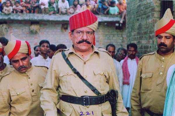 Bazaar E Husn Om Puri Stills
