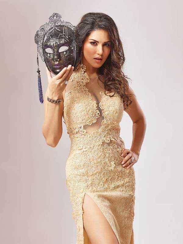Beiimaan Love Sunny Leone Sexy Dress Stills