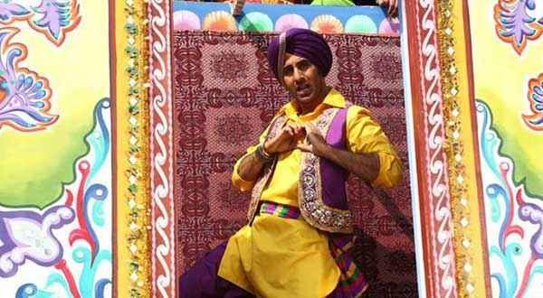 Besharam Ranbir Kapoor Bhangra Stills