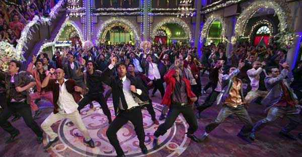 Besharam Ranbir Kapoor Dance Stills