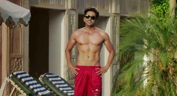 Bewakoofiyaan Ayushmann Khurrana Sexy Body Stills