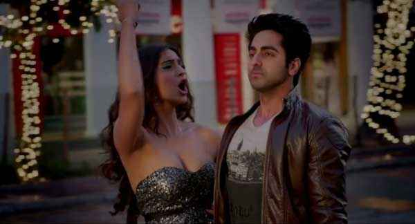 Bewakoofiyaan Ayushmann Khurrana Sonam Kapoor Hot Boobs Stills