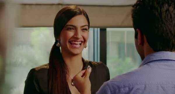 Bewakoofiyaan Sonam Kapoor Ayushmann Khurrana Comedy Stills