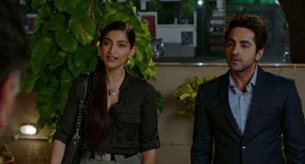 Bewakoofiyaan Sonam Kapoor Ayushmann Stills