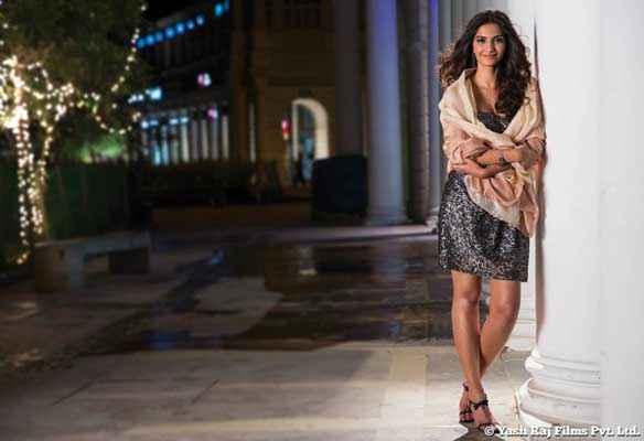 Bewakoofiyaan Sonam Kapoor Black Short Dresss Stills