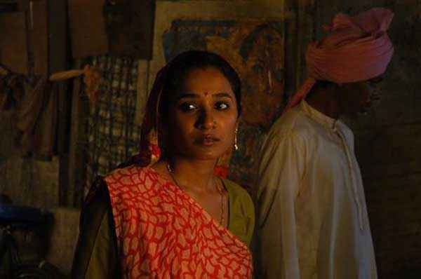 Bhopal A Prayer for Rain Tannishtha Chatterjee Stills