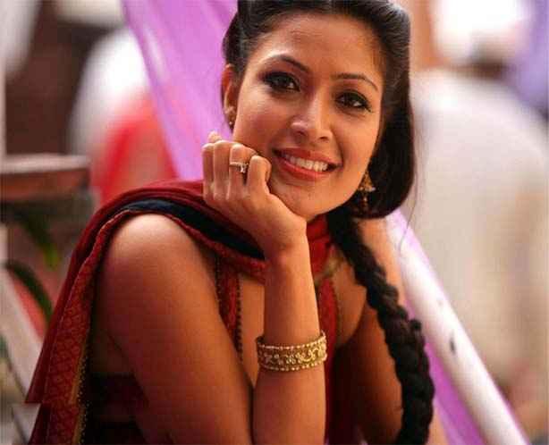 Bittoo Boss Star Cast Amita Pathak