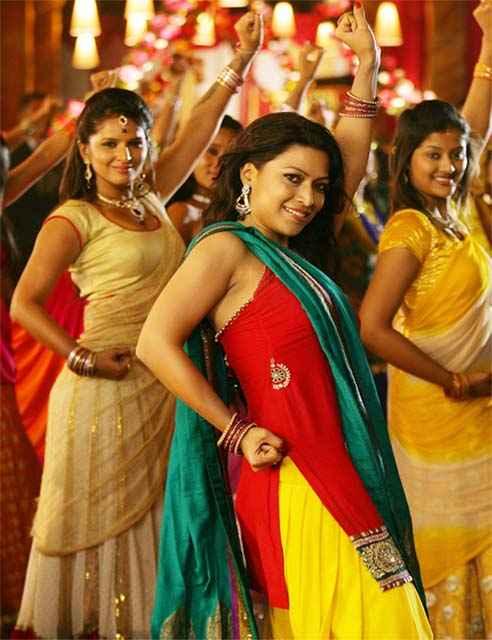 Bittoo Boss Amita Pathak Dance Stills